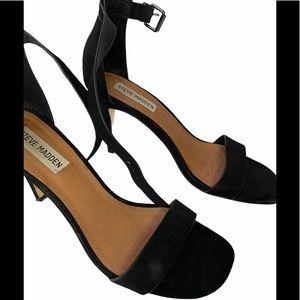 3/60 Deal !! Steve Madden black heels